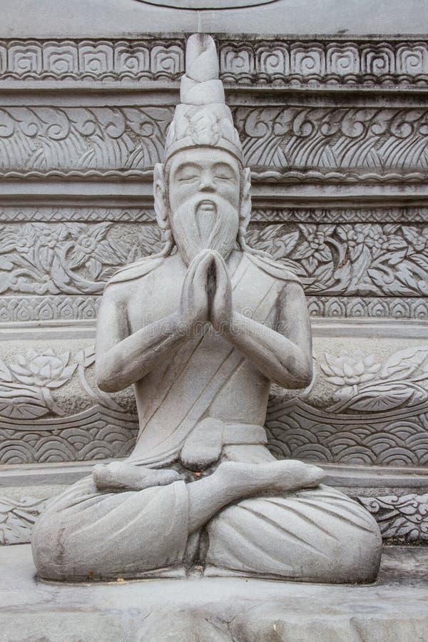 Estátua ascética na arte tailandesa do molde do estilo, do sement imagens de stock royalty free