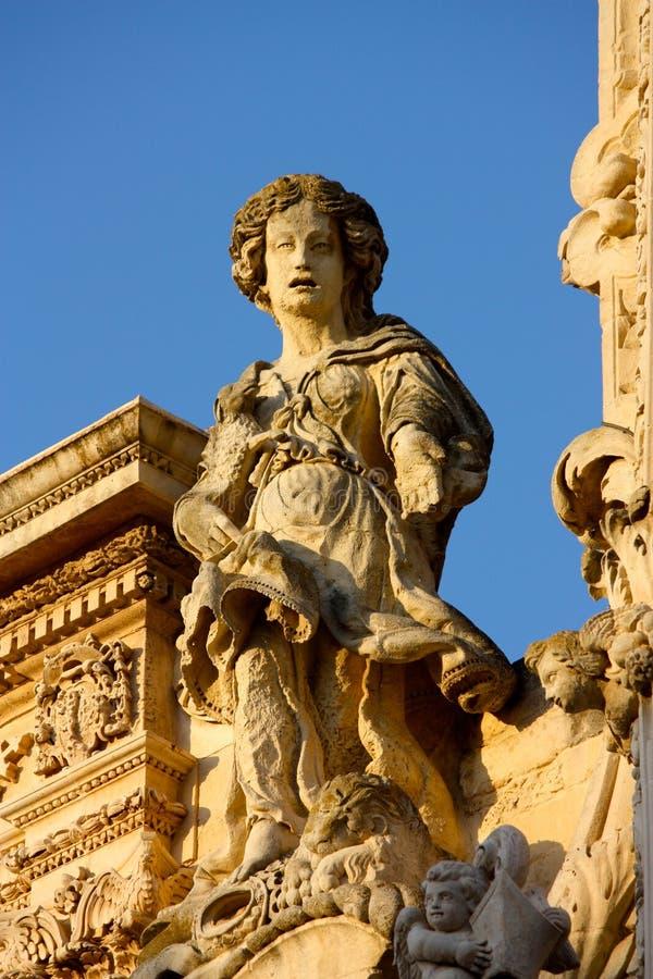 Estátua barroca em Lecce, Italy imagens de stock