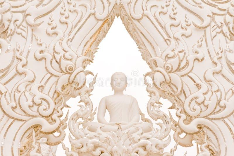 Estátua branca de buddha. fotografia de stock
