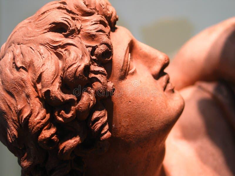 Download Estátua da argila imagem de stock. Imagem de grego, antigo - 528555