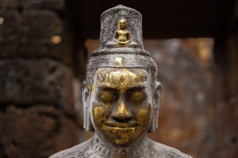 Estátua da Buda Avalokiteshvara É um Bodhisattva que personifique a piedade de todas as Budas Este bodhisattva é variavelmente foto de stock royalty free
