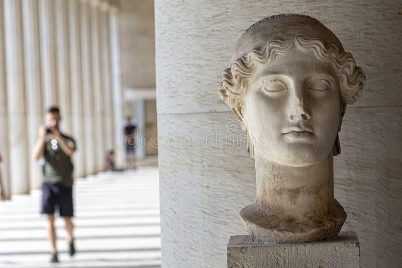 Estátua da deusa grega Nike imagens de stock royalty free