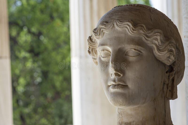 Estátua da deusa grega Nike imagens de stock