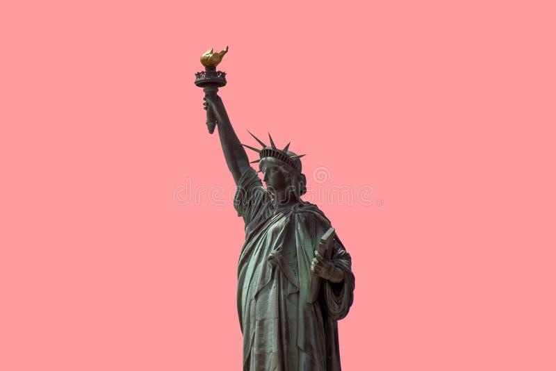 Estátua da liberdade isolada no fundo cor-de-rosa New York City EUA fotografia de stock