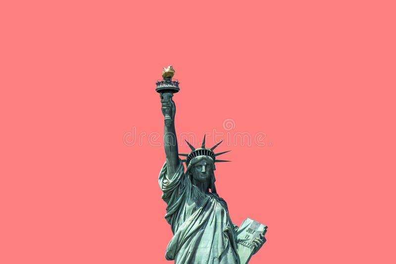 Estátua da liberdade isolada no fundo cor-de-rosa New York City EUA imagens de stock royalty free