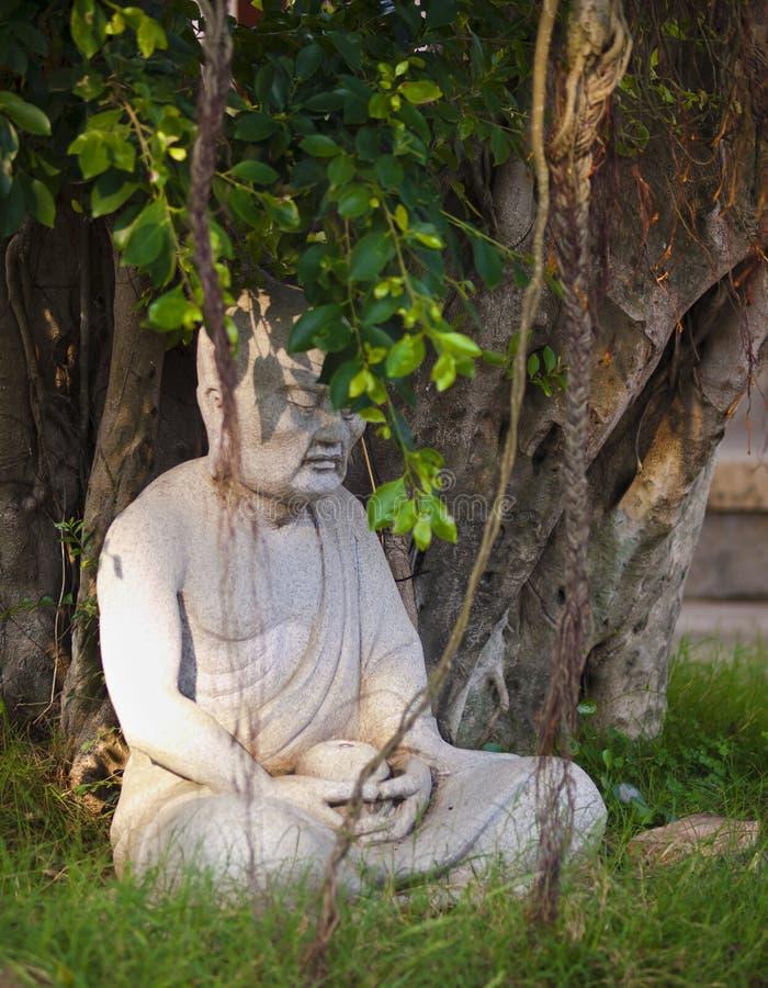 Estátua da monge imagem de stock royalty free
