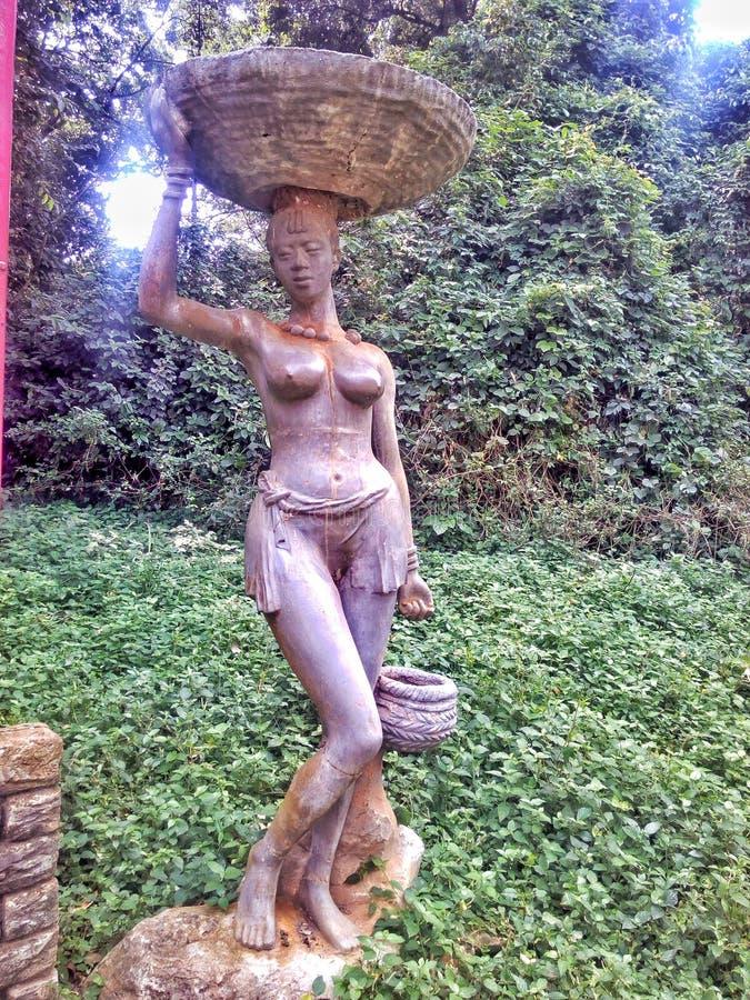 Estátua da mulher fotos de stock royalty free