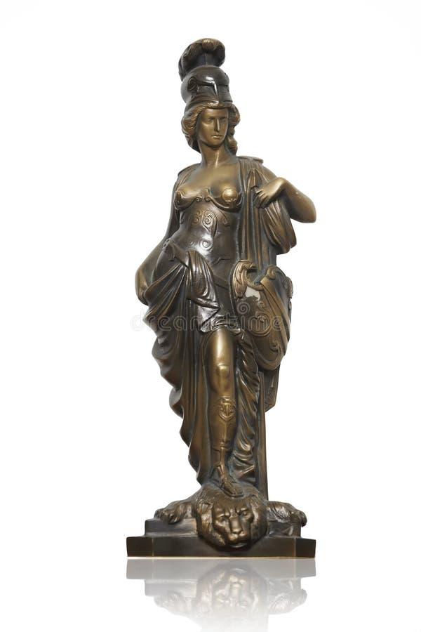 Estátua da mulher romana na túnica e em um capacete imagens de stock royalty free