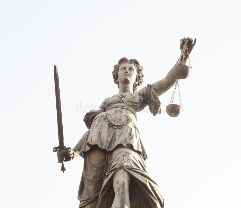 Estátua da senhora Justice em Francoforte - am - cidade principal, Alemanha fotografia de stock royalty free