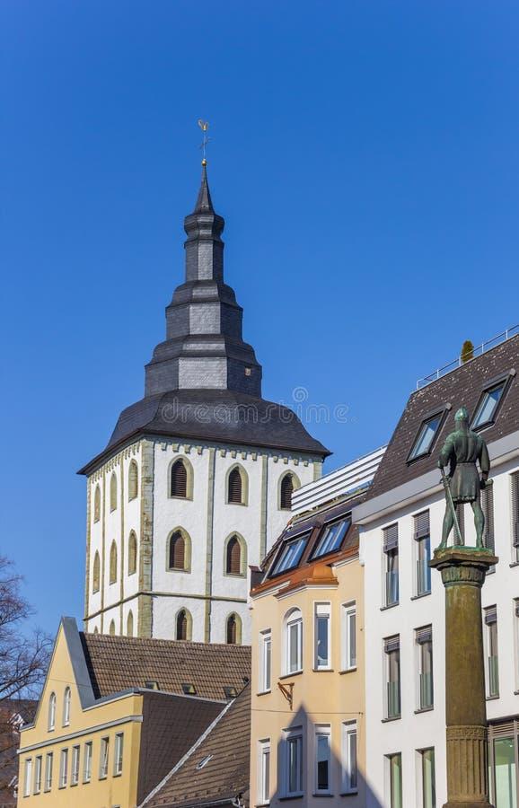 Estátua de Bernhard II no centro histórico de Lippstadt foto de stock