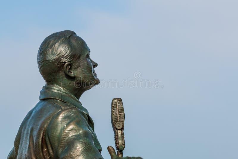 Estátua de Bob Hope na saudação das forças armadas em San Diego fotografia de stock royalty free