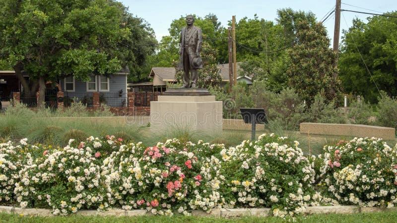 Estátua de bronze de Benito Juarez em Benito Juarez Parque de Heroes, Dallas City Park em Dallas, Texas fotos de stock royalty free