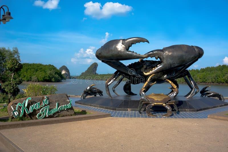 Estátua de bronze de um caranguejo fotografia de stock royalty free
