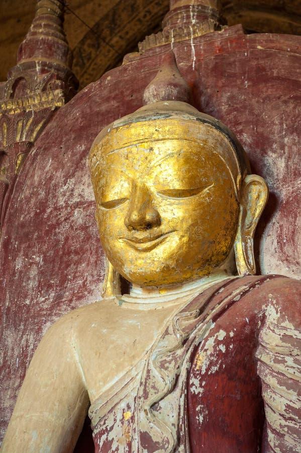 Estátua de Buddha, Bagan, Myanmar fotos de stock