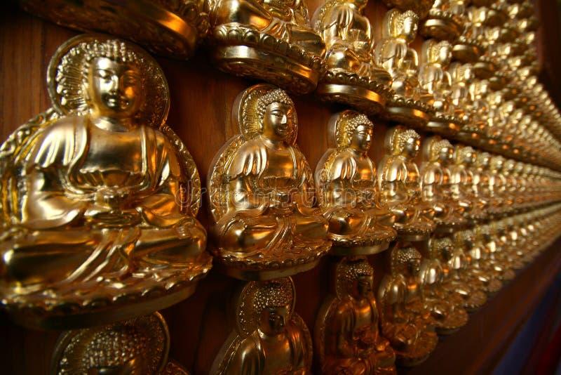 Estátua de Buddha do zen imagens de stock
