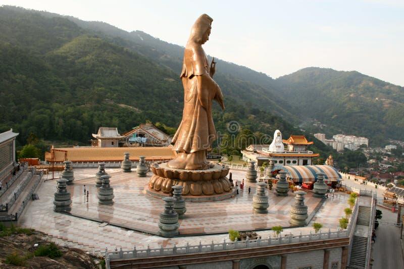 Estátua de Buddha em Kek Lok Si Malaysia fotografia de stock royalty free