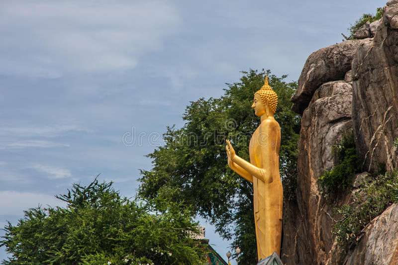Estátua de Buddha, templo do takiap do khao imagem de stock royalty free