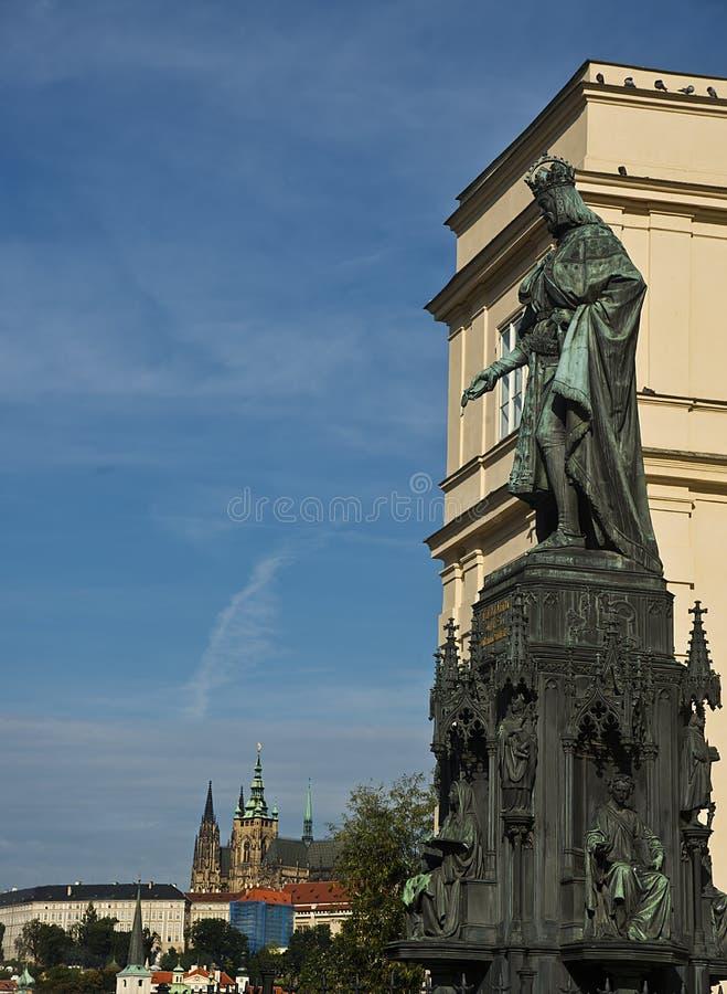 Estátua de Charles IV, Praga, República Checa foto de stock