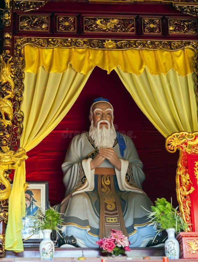 Estátua de Confucius imagens de stock royalty free