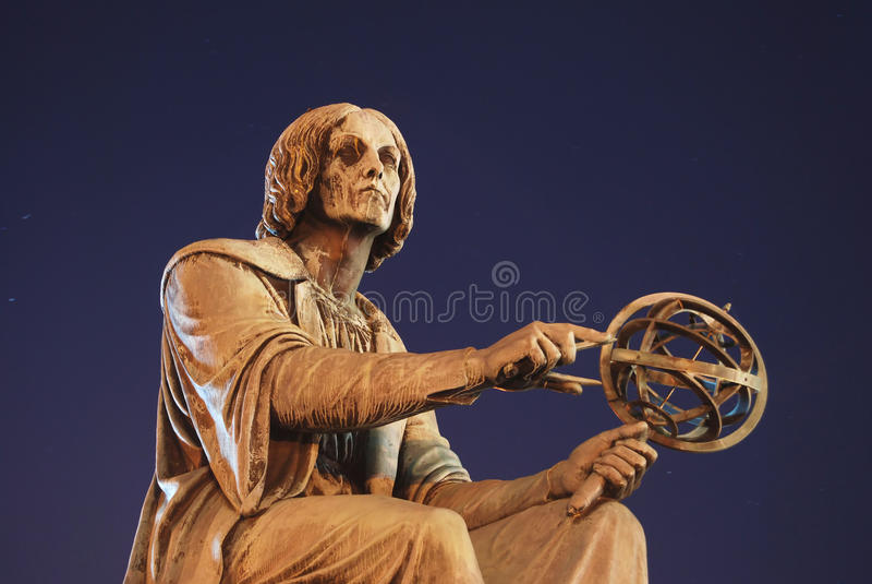 Estátua de Copernicus fotografia de stock royalty free