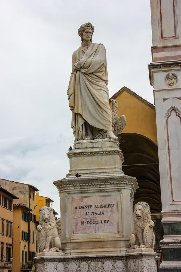 Estátua de Dante fotografia de stock royalty free