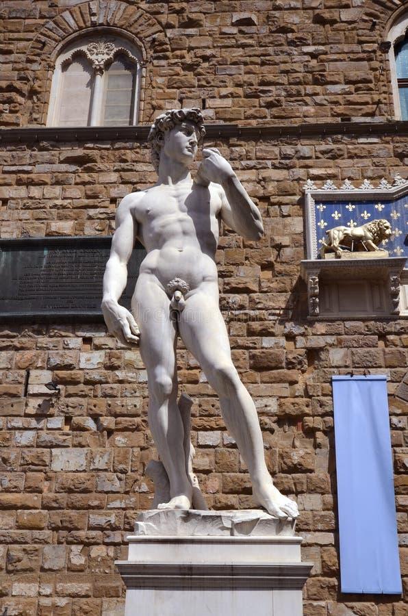 A estátua de David por Michelangelo fotografia de stock