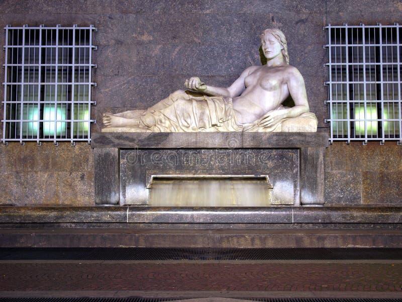 Estátua de Dora, Turin imagens de stock royalty free