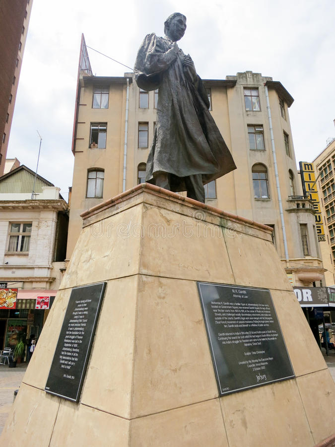 Estátua de Gandhi - Joanesburgo, África do Sul imagem de stock