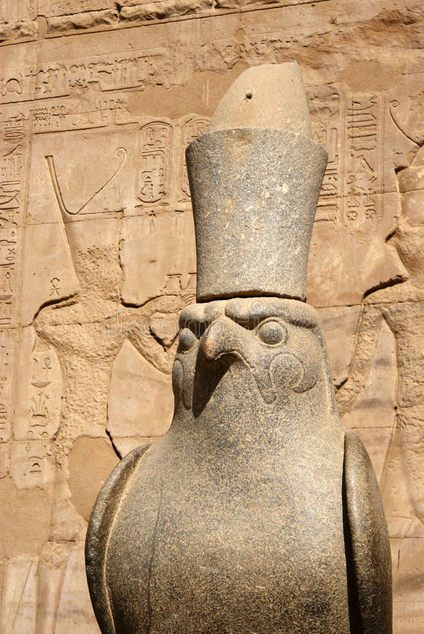 Estátua de Horus fotografia de stock