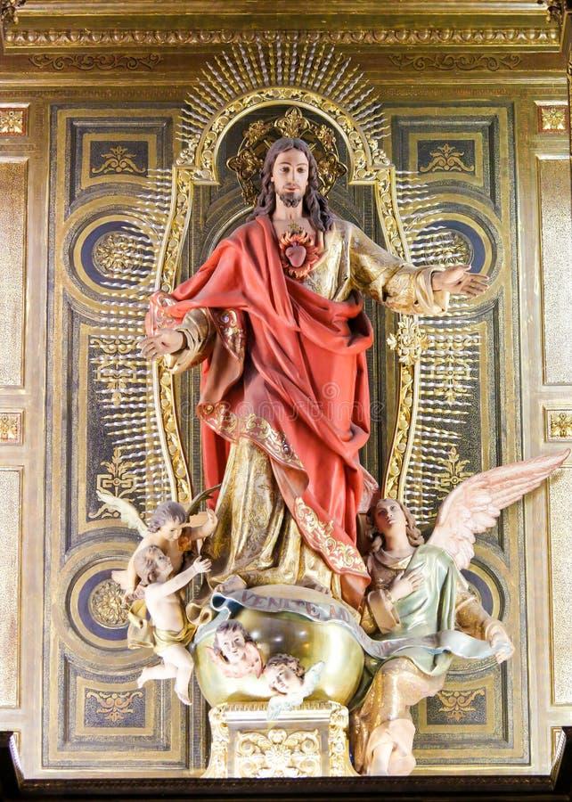 Estátua de Jesus e do coração sagrado fotografia de stock