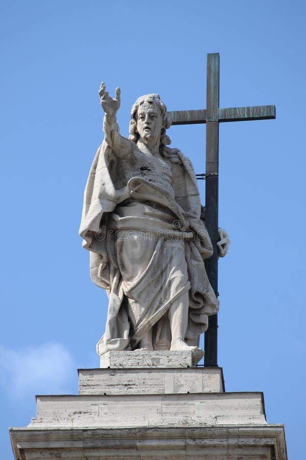 Estátua de Jesus em Saint John Lateran Basilica imagens de stock