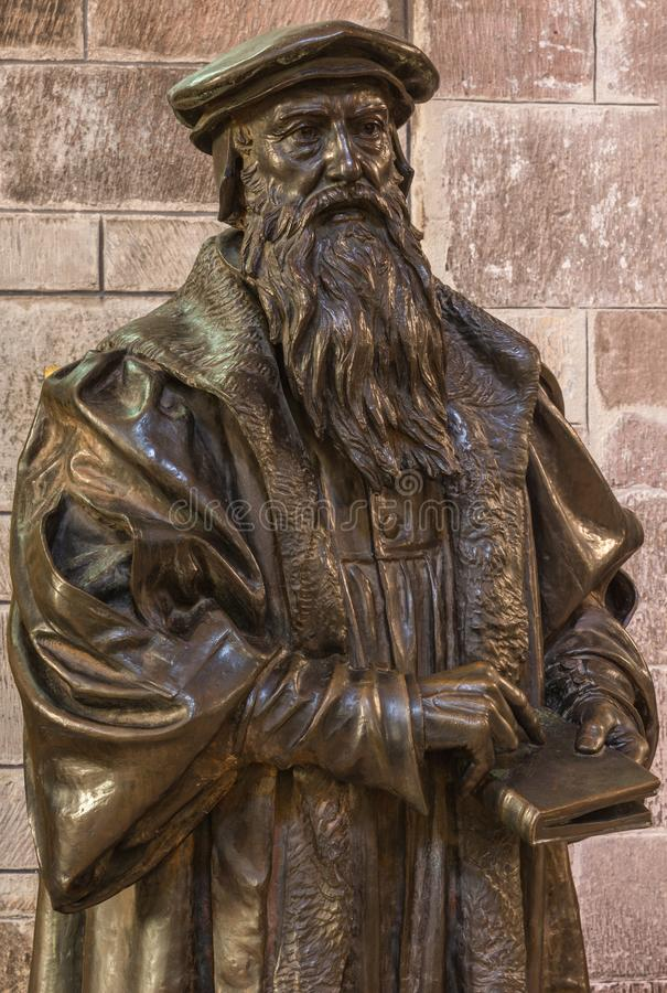 Estátua de John Knox em St Giles Cathedral, Edimburgo, Escócia, Reino Unido fotos de stock