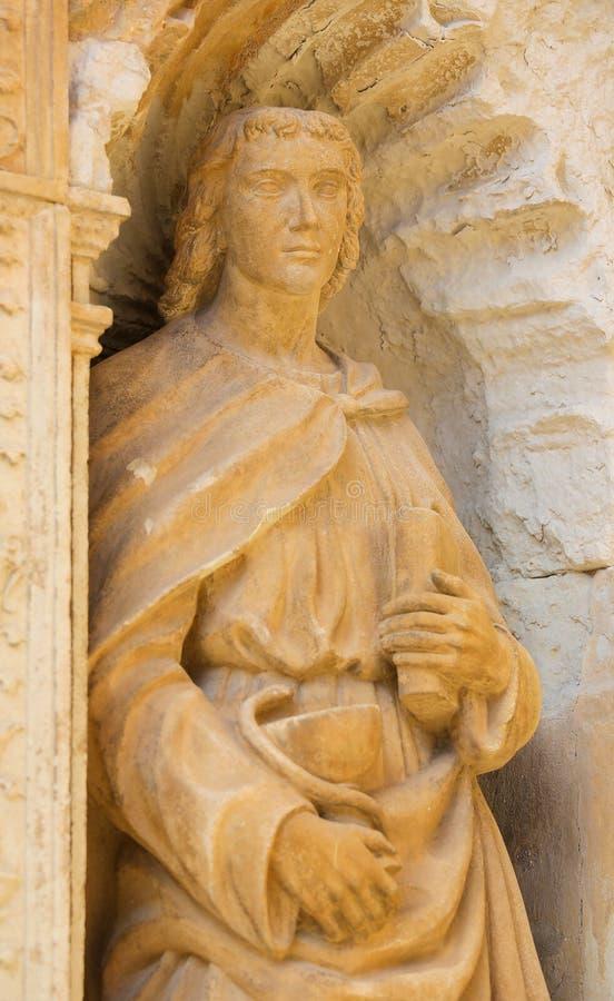 Estátua de John o apóstolo foto de stock royalty free