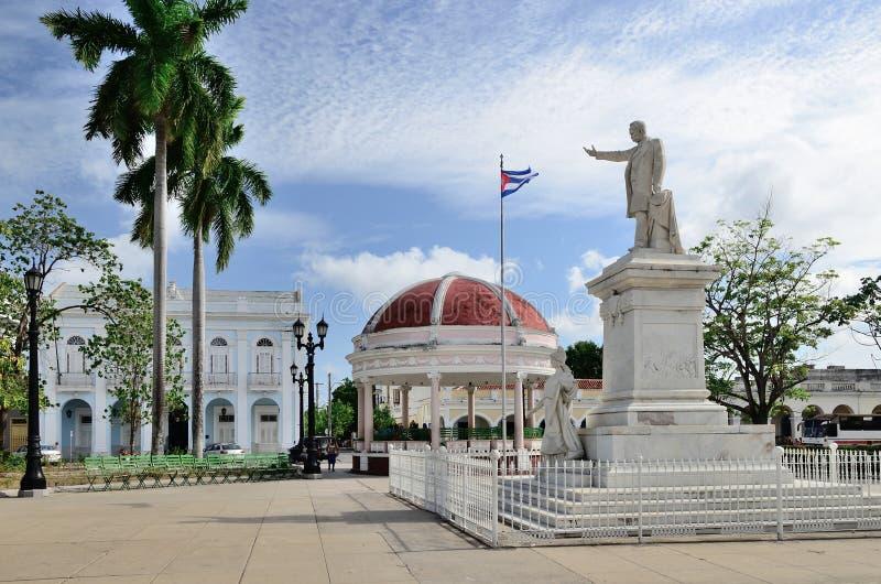 Estátua de Jose Marti em Cienfuegos, Cuba fotografia de stock