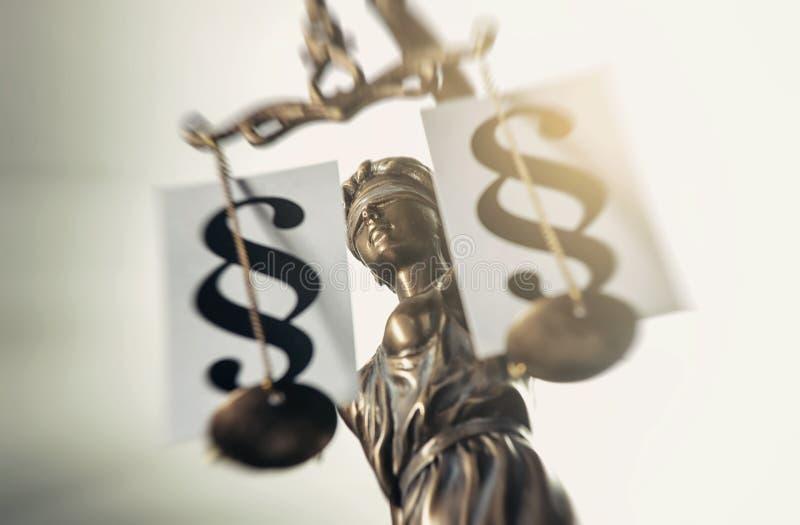 A estátua de justiça - justiça ou Iustitia/Justitia da senhora fotos de stock