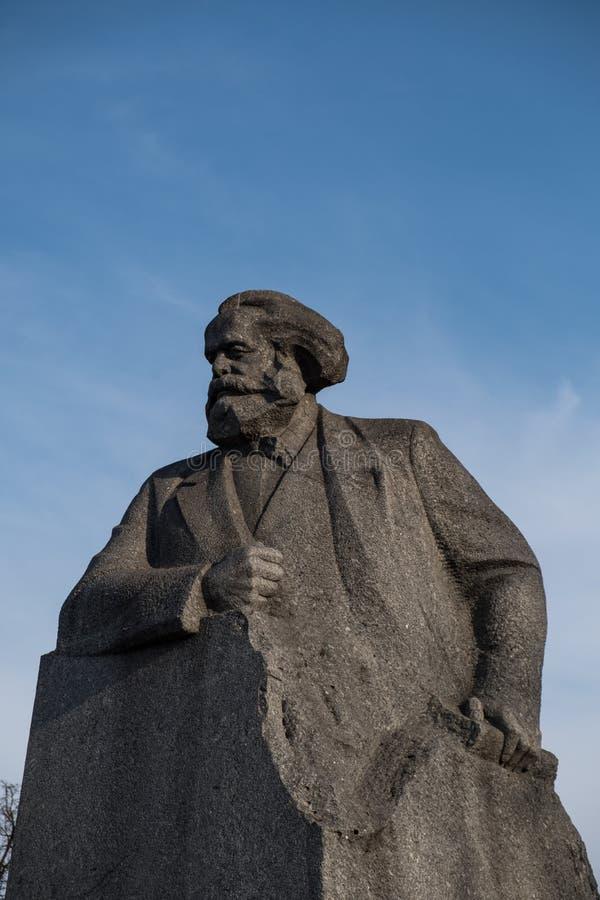 Estátua de Karl Marx em Moscou, Rússia foto de stock royalty free