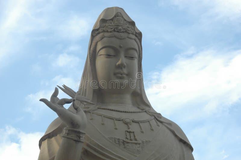 Estátua de Kuan-yin fotografia de stock royalty free