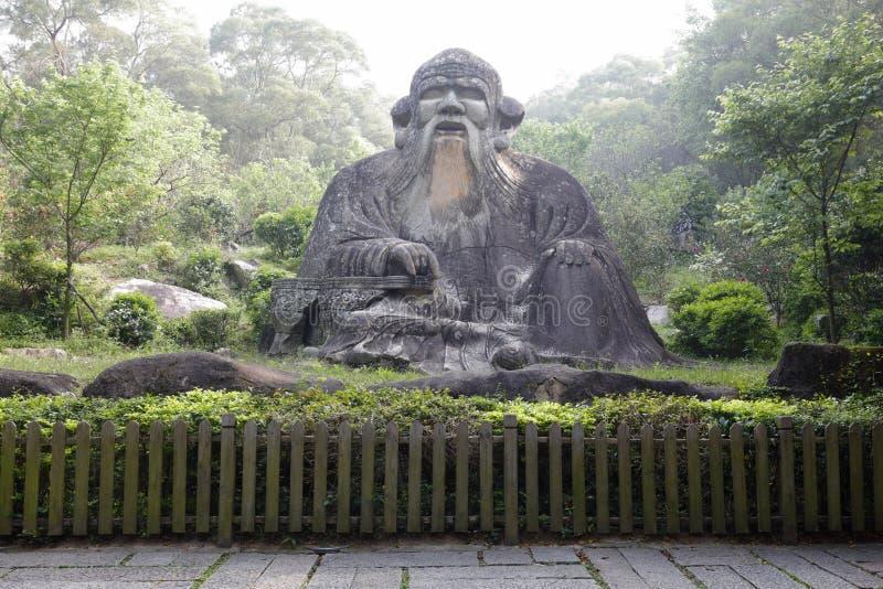 Estátua de Laozi da montanha qingyuanshan, adôbe rgb fotografia de stock