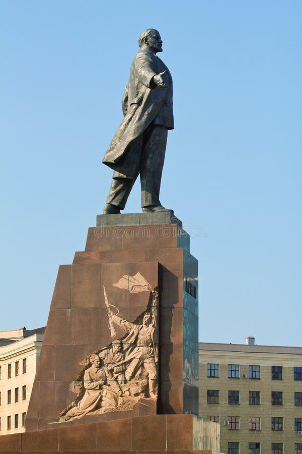 Estátua de Lenin em Kharkov fotografia de stock royalty free
