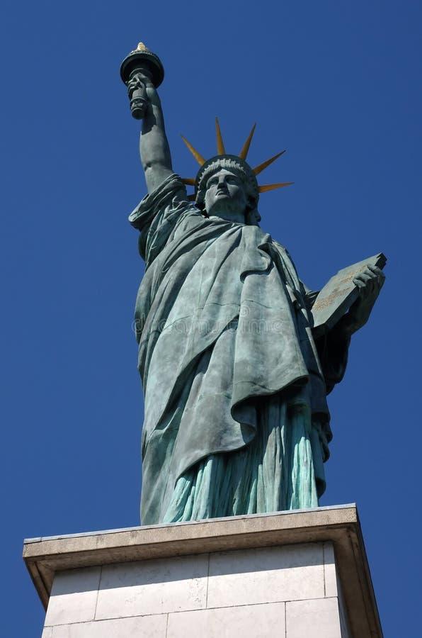 Estátua de liberdade em Paris imagem de stock