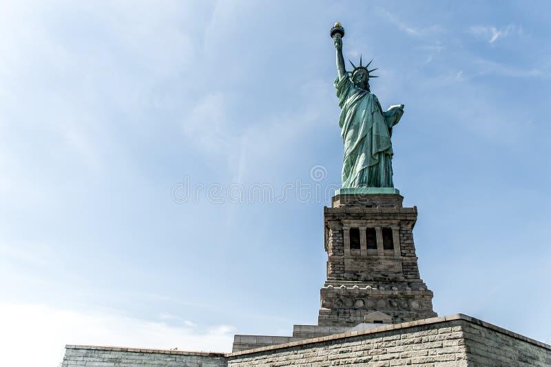 Estátua de Liberty New York Skyline Monument imagem de stock royalty free