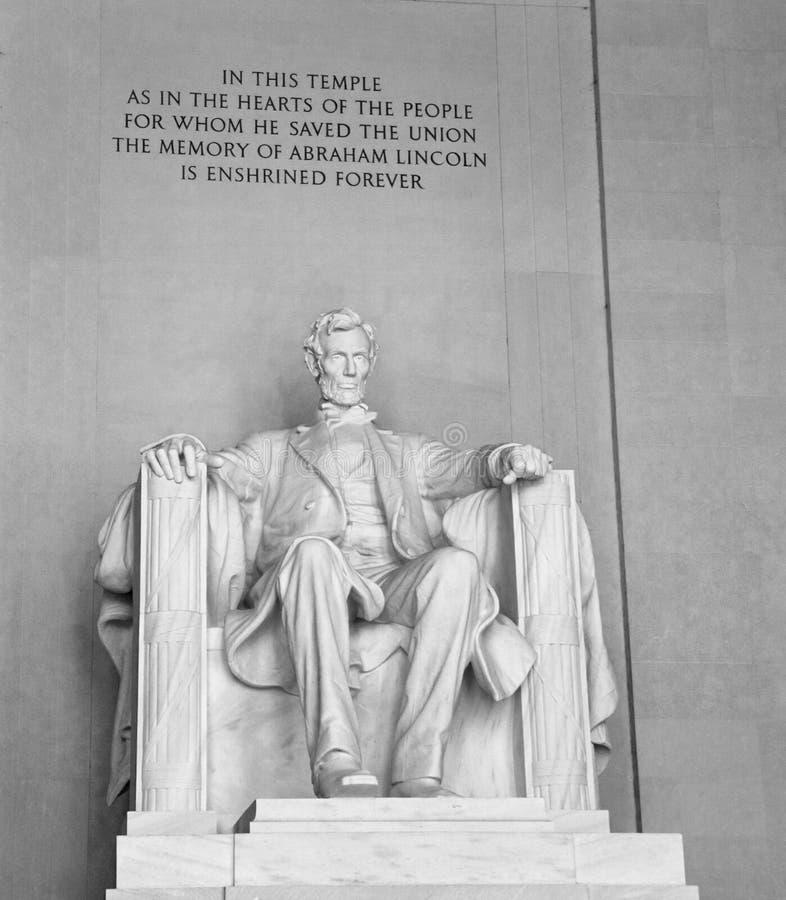 Estátua de Lincoln no memorial de Lincoln foto de stock royalty free