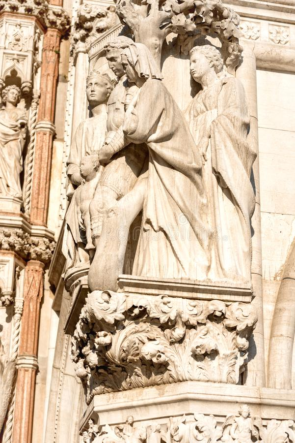 Estátua de mármore em San Marco Piazza fotos de stock royalty free