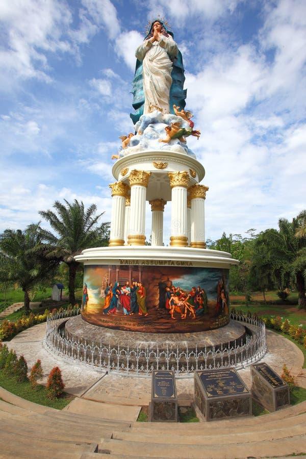 Estátua de Mary da mãe fotos de stock royalty free