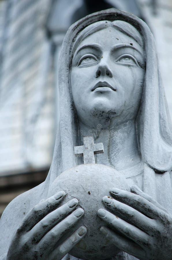Estátua de Mary da matriz foto de stock