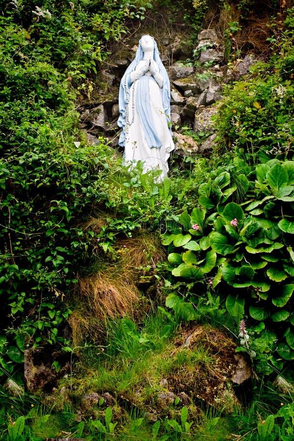 Estátua de Mary de Virgin fotos de stock royalty free