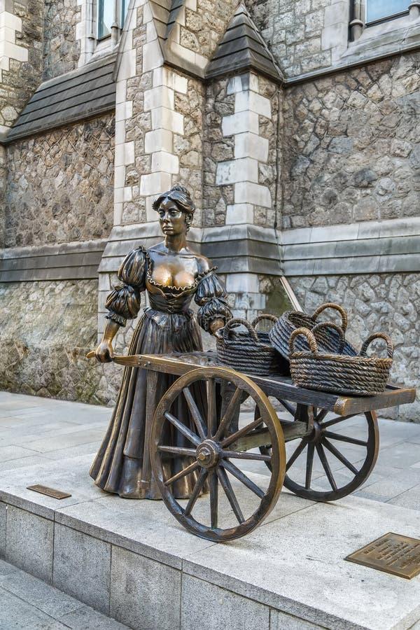 Estátua de Molly Malone, Dublin, Irlanda imagens de stock