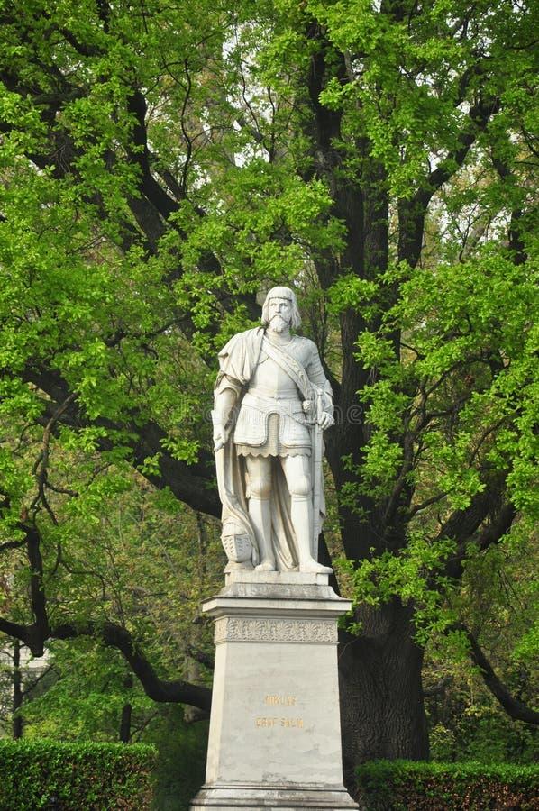 Estátua de Niklas fotos de stock