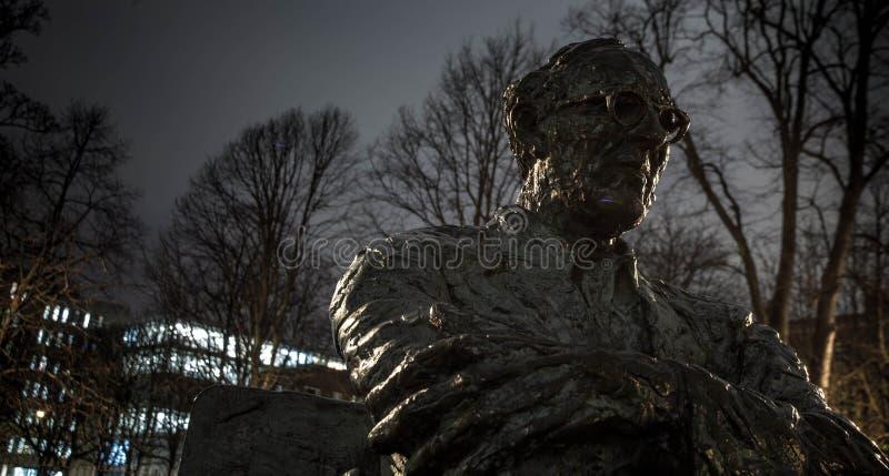 Estátua de Patrick Kavanagh fotografia de stock