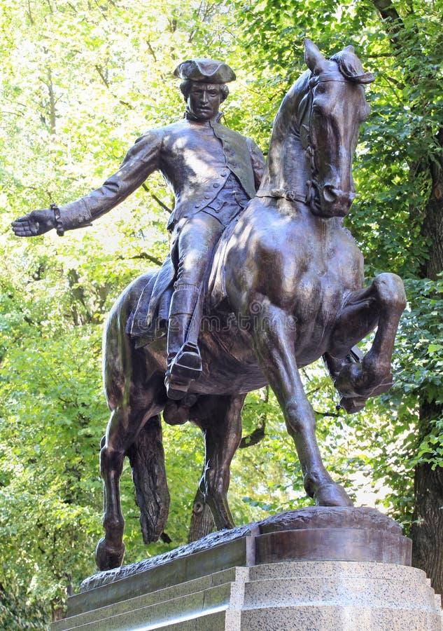 Estátua de Paul Revere na fuga da liberdade de Boston, EUA fotografia de stock royalty free